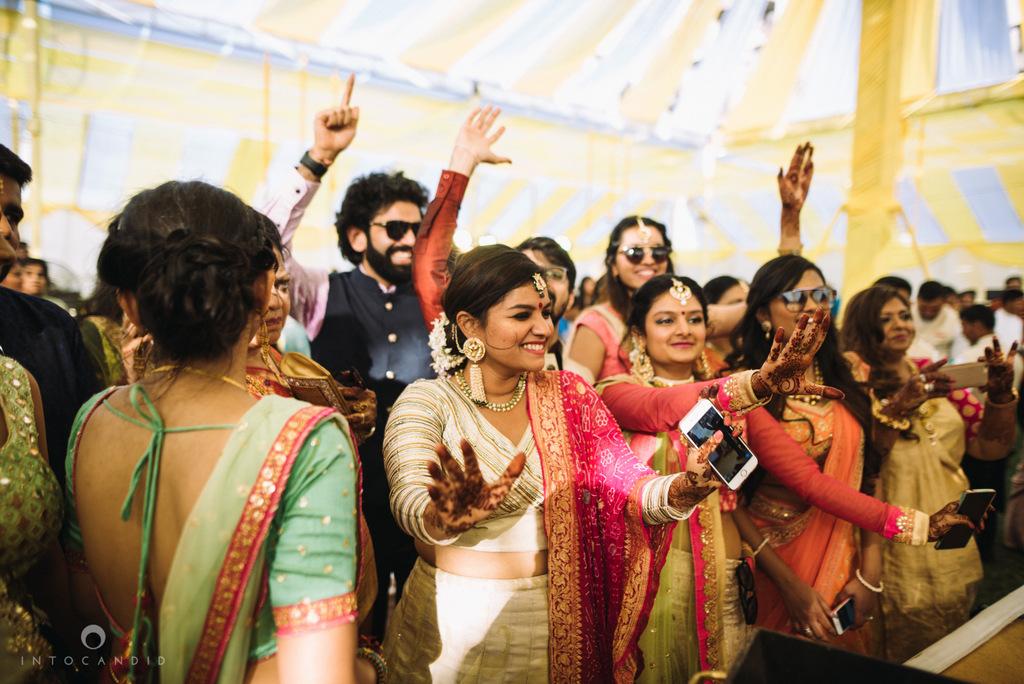 mumbai_candid_wedding_photographer_ketanmanasvi_intocandid_photography_51.jpg