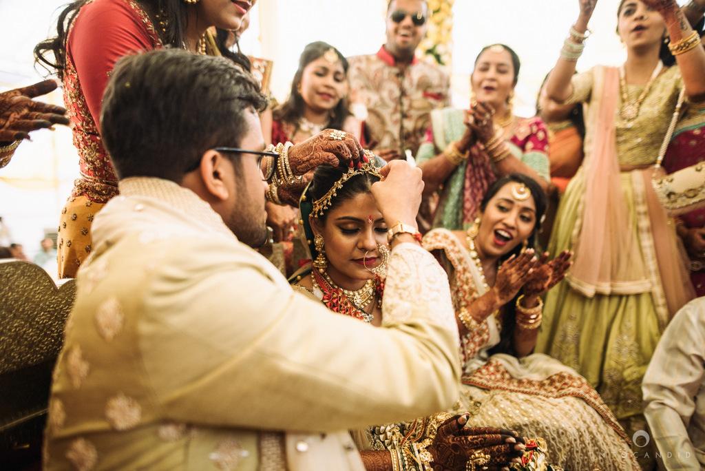 mumbai_candid_wedding_photographer_ketanmanasvi_intocandid_photography_66.jpg