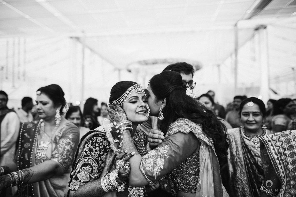 mumbai_candid_wedding_photographer_ketanmanasvi_intocandid_photography_69.jpg