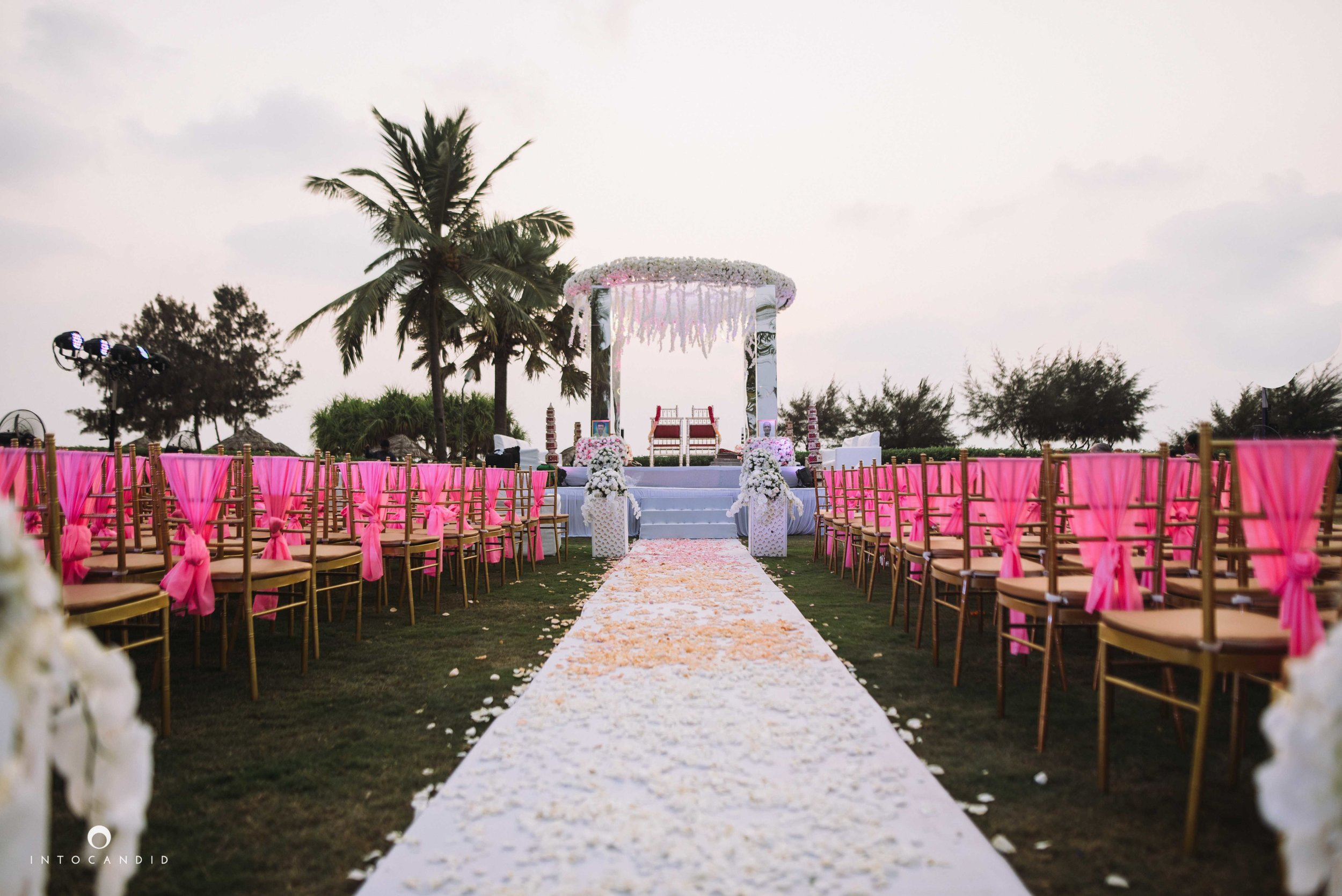 Goa_Wedding_Photographer_Zuri_whitesands_087.jpg