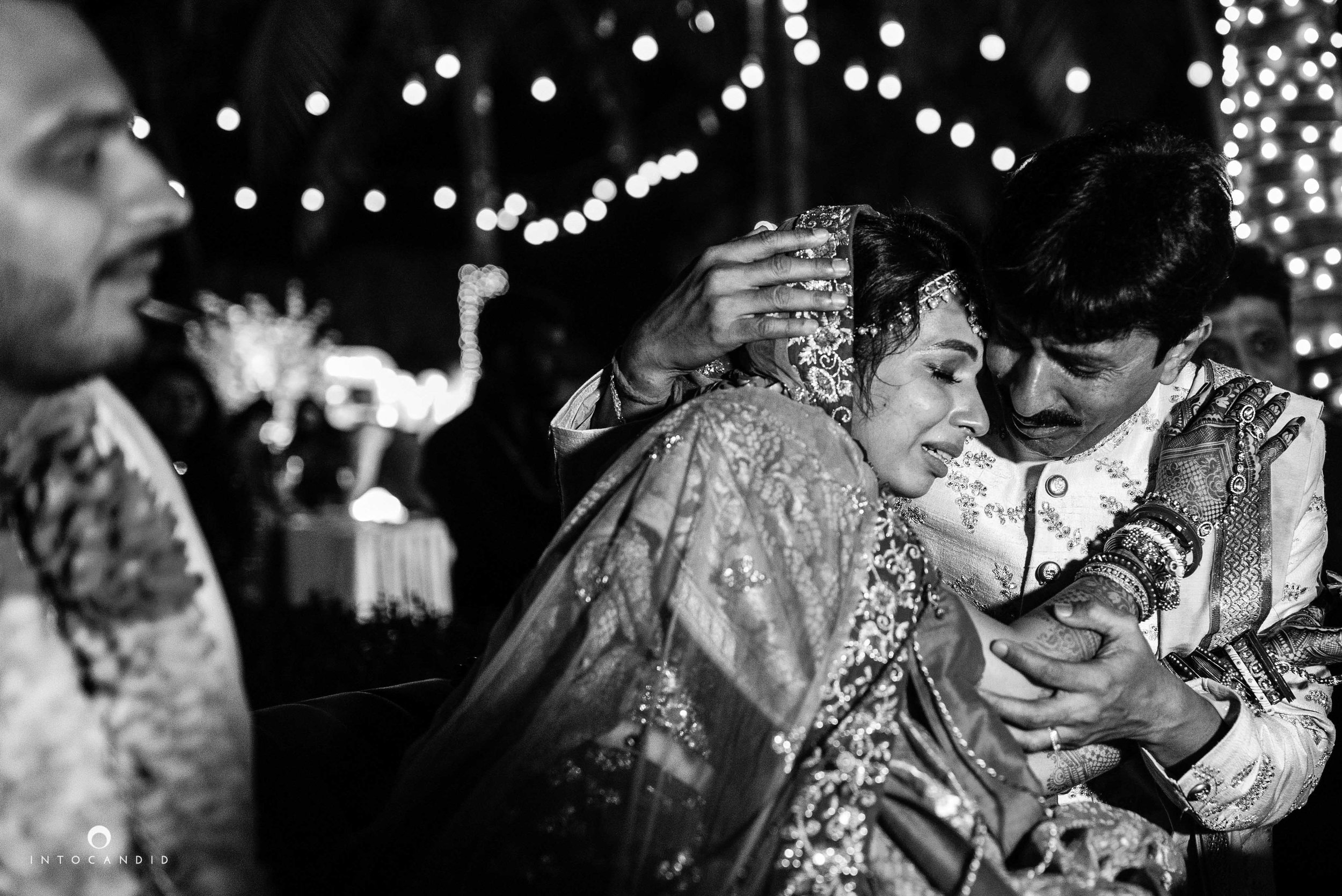 Goa_Wedding_Photographer_Zuri_whitesands_105.jpg