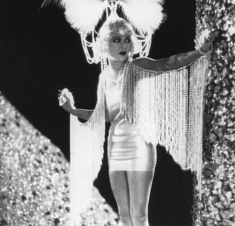 2_Alla_Nazimova_Salome_Film_1923.jpg