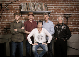 Nell Robinson & Jim Nunally Band - 4