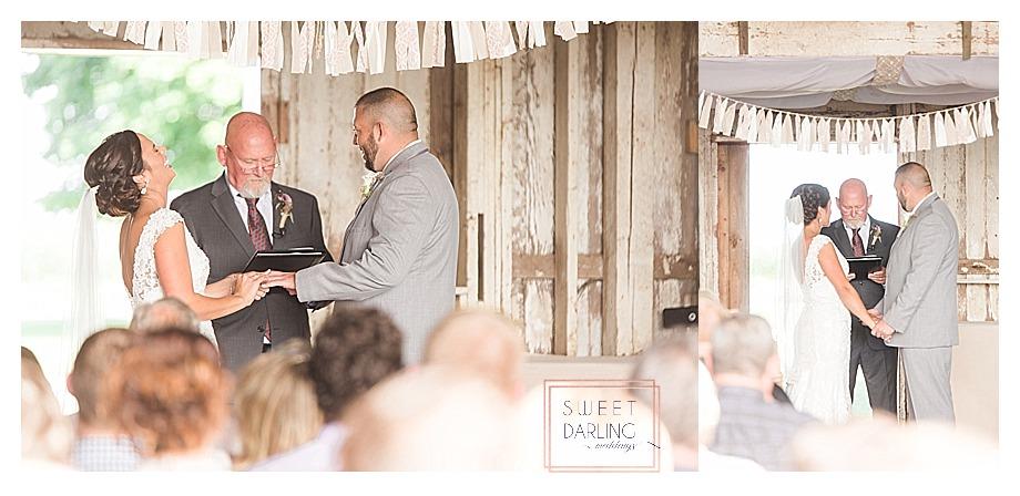 elegant-country-barn-wedding-hudson-farm-urbana-illinois-sweet-darling-weddings-photography_0646