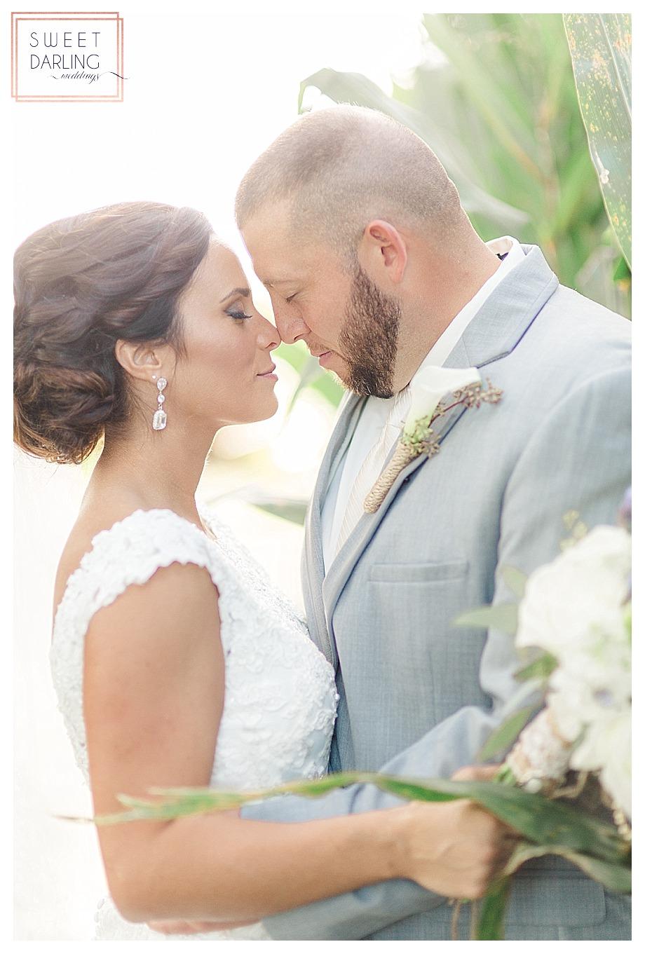 elegant-country-barn-wedding-hudson-farm-urbana-illinois-sweet-darling-weddings-photography_0692