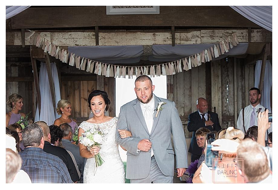 elegant-country-barn-wedding-hudson-farm-urbana-illinois-sweet-darling-weddings-photography_0696