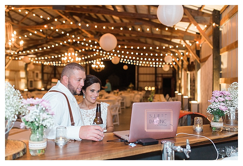 elegant-country-barn-wedding-hudson-farm-urbana-illinois-sweet-darling-weddings-photography_0711