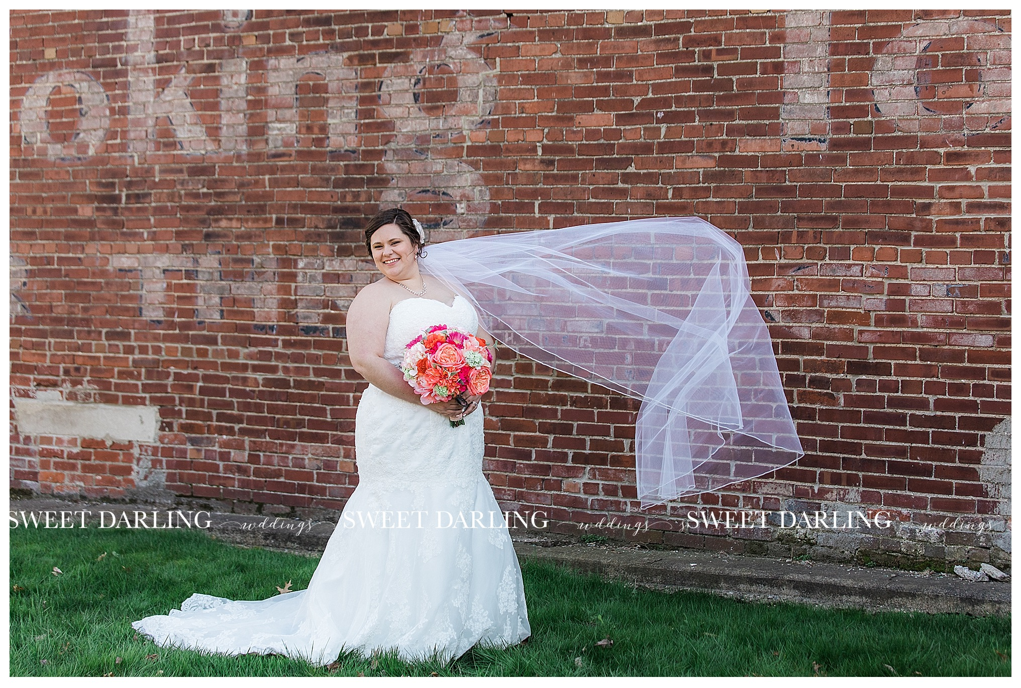 arcoloa-illinois-coles-county-wedding-photography-sweet-darling-weddings-photographer_0948.jpg