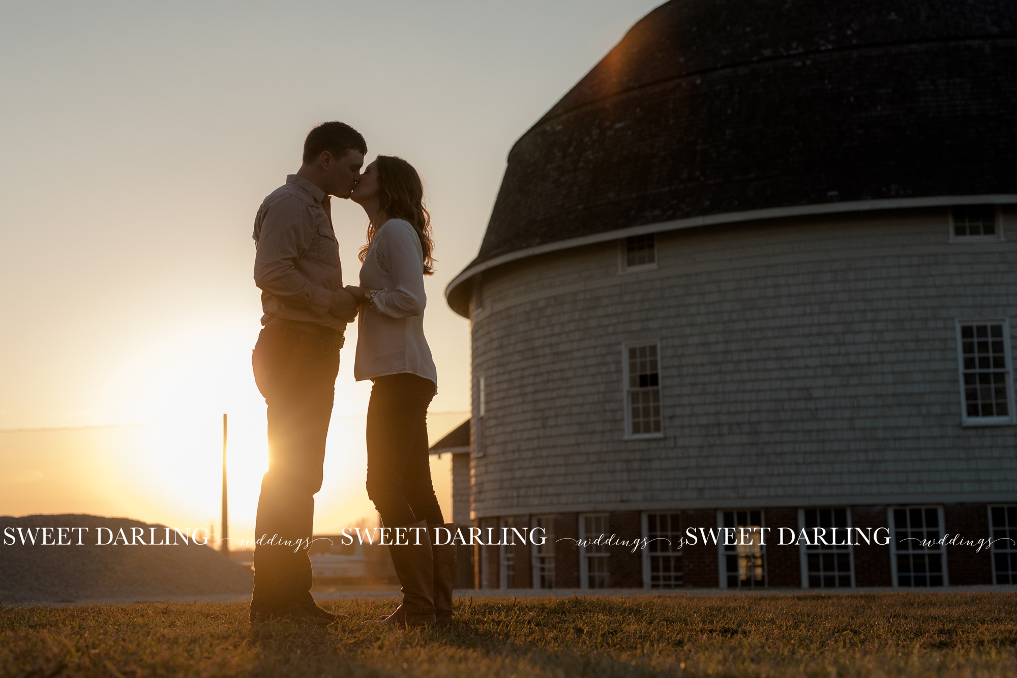 Urbana-Champaign-County-IL-engagement-session-wedding-photographer-love-guitar_1459.jpg