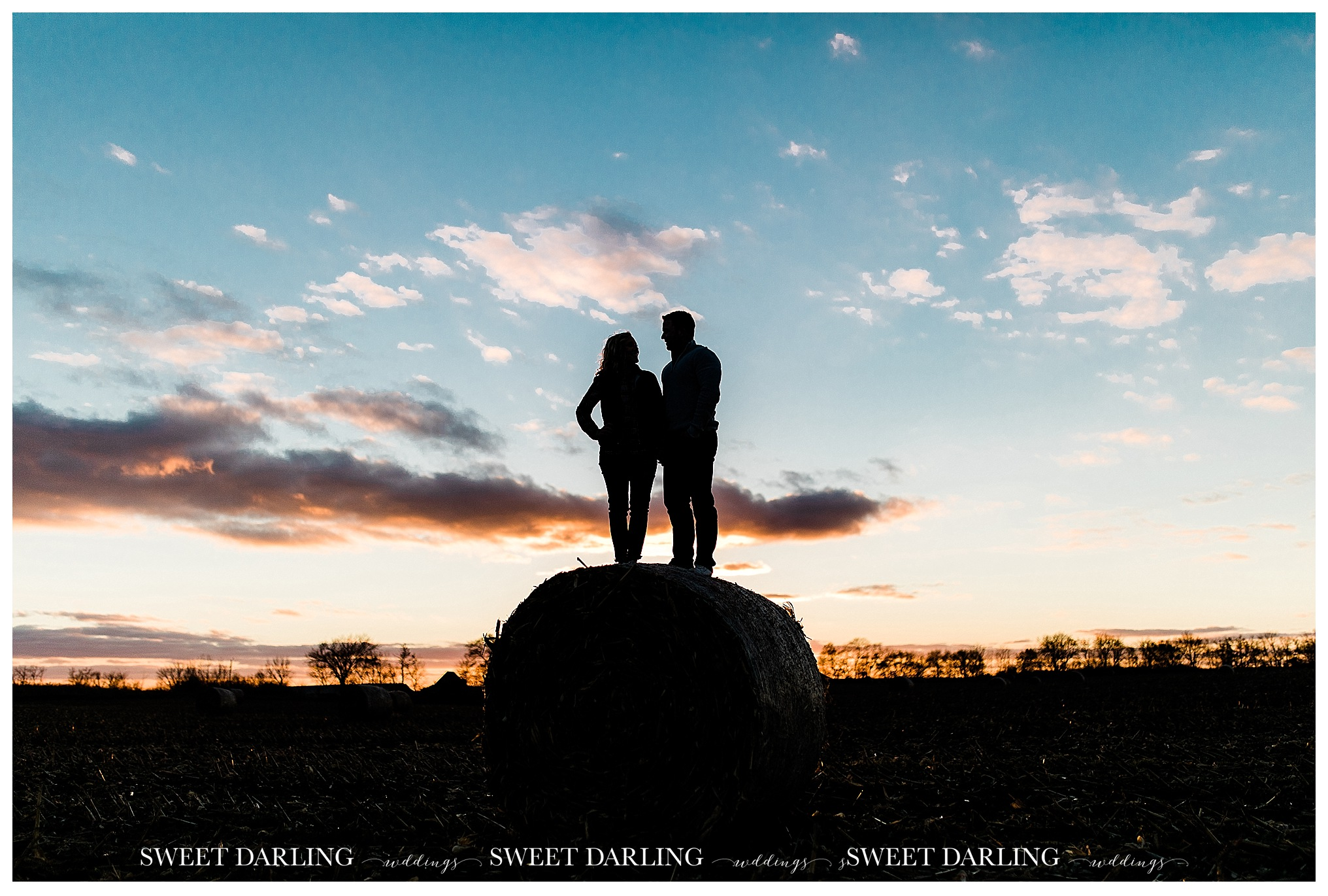 paxton-illinois-sweet-darling-weddings-photography-fall-engagement-session-ring-state-park_1008.jpg