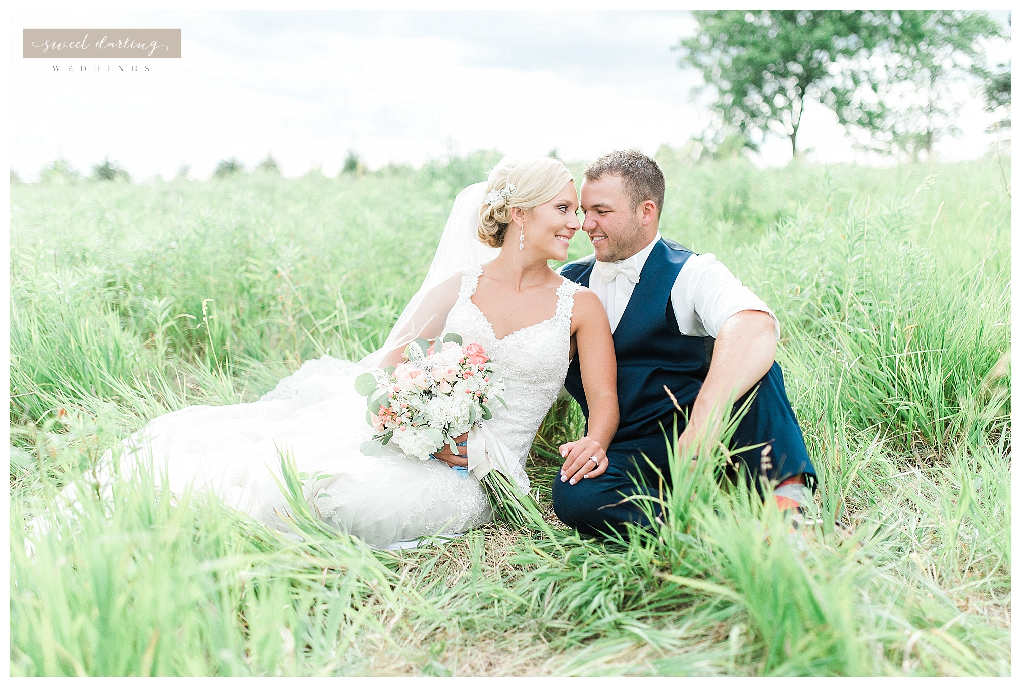 Paxton-illinois-engelbrecht-farmstead-romantic-wedding-photographer-sweet-darling-weddings_1247.jpg