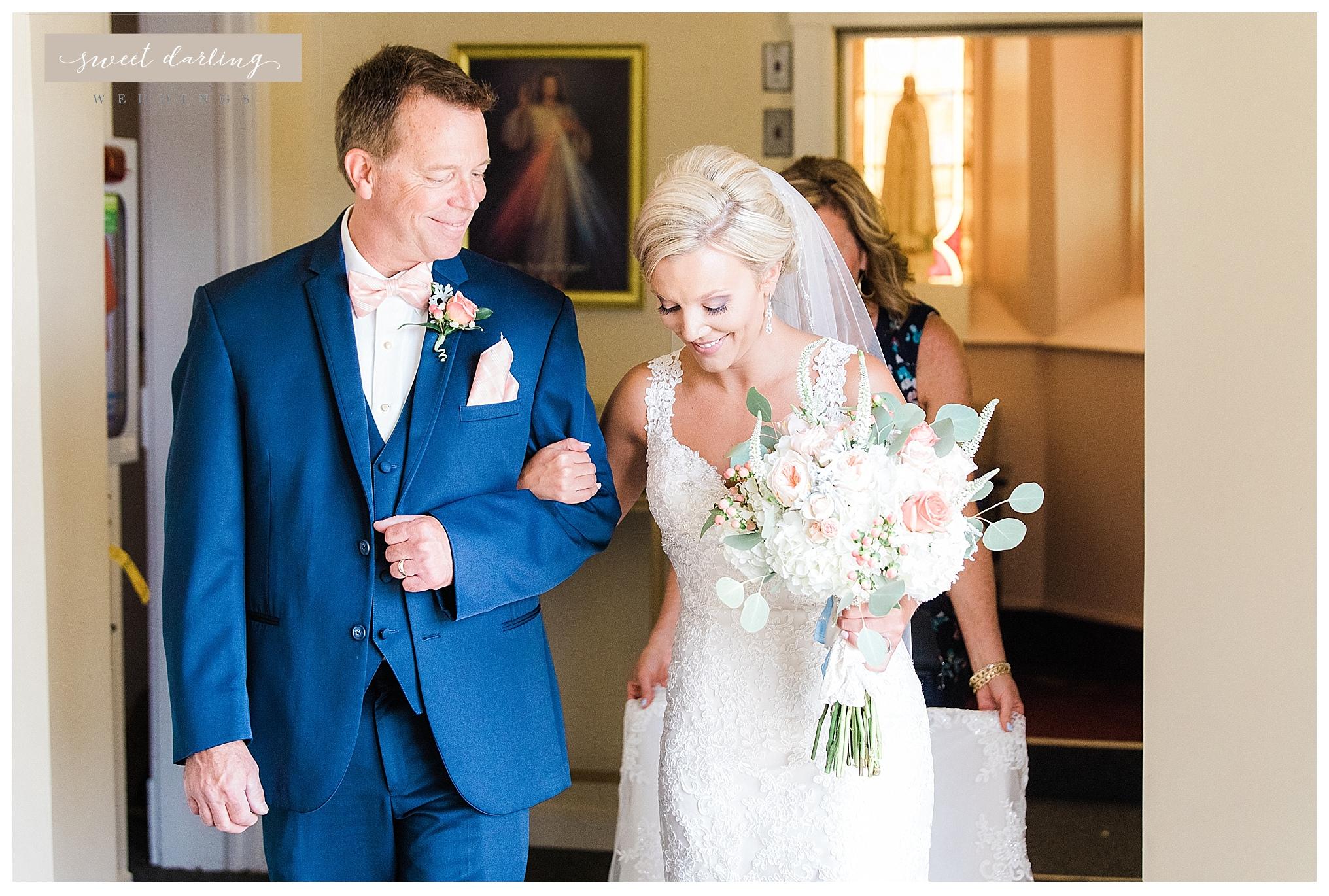 Paxton-illinois-engelbrecht-farmstead-romantic-wedding-photographer-sweet-darling-weddings_1221.jpg