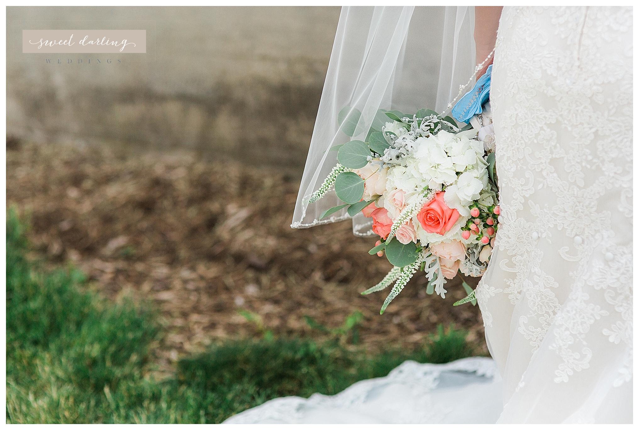 Rpaxton-illinois-engelbrecht-farm-country-wedding-photographer-sweet-darling-weddings_1273.jpg