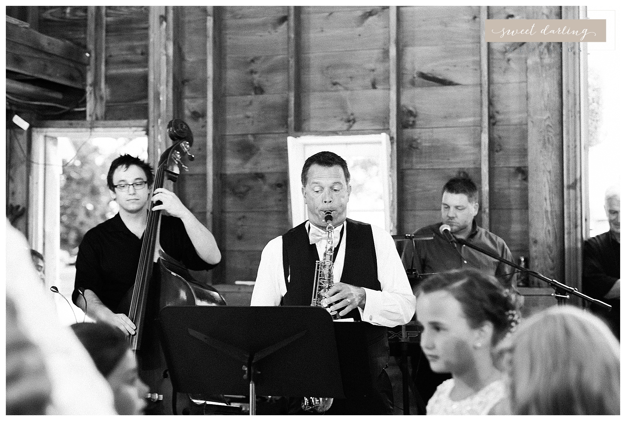 Rpaxton-illinois-engelbrecht-farm-country-wedding-photographer-sweet-darling-weddings_1269.jpg