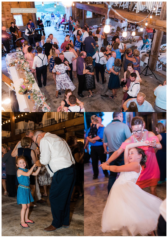 Rpaxton-illinois-engelbrecht-farm-country-wedding-photographer-sweet-darling-weddings_1257.jpg