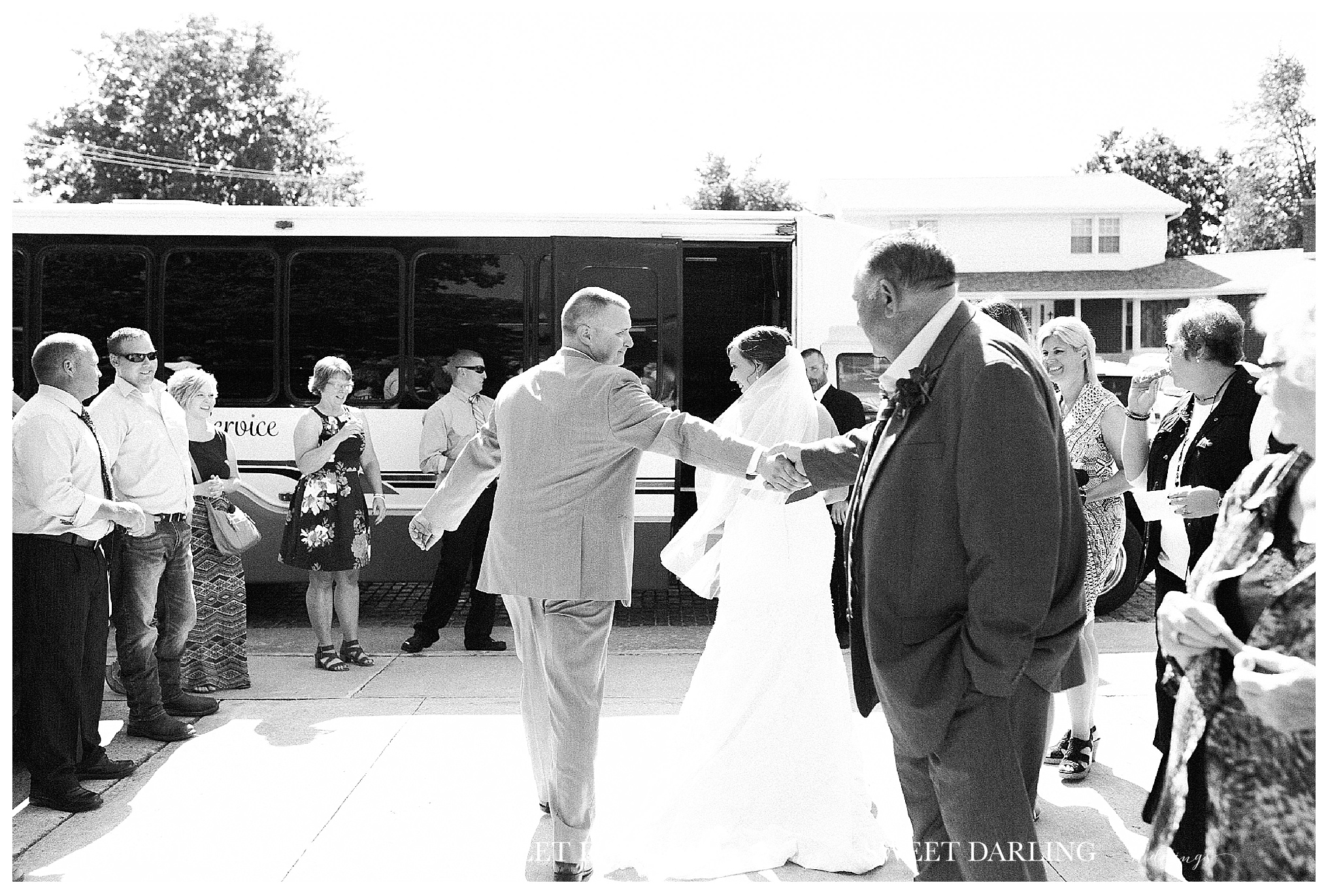 champaign-county-royal-paxton-illinois-sweet-darling-weddings-photography-red-navy-roses_1420.jpg