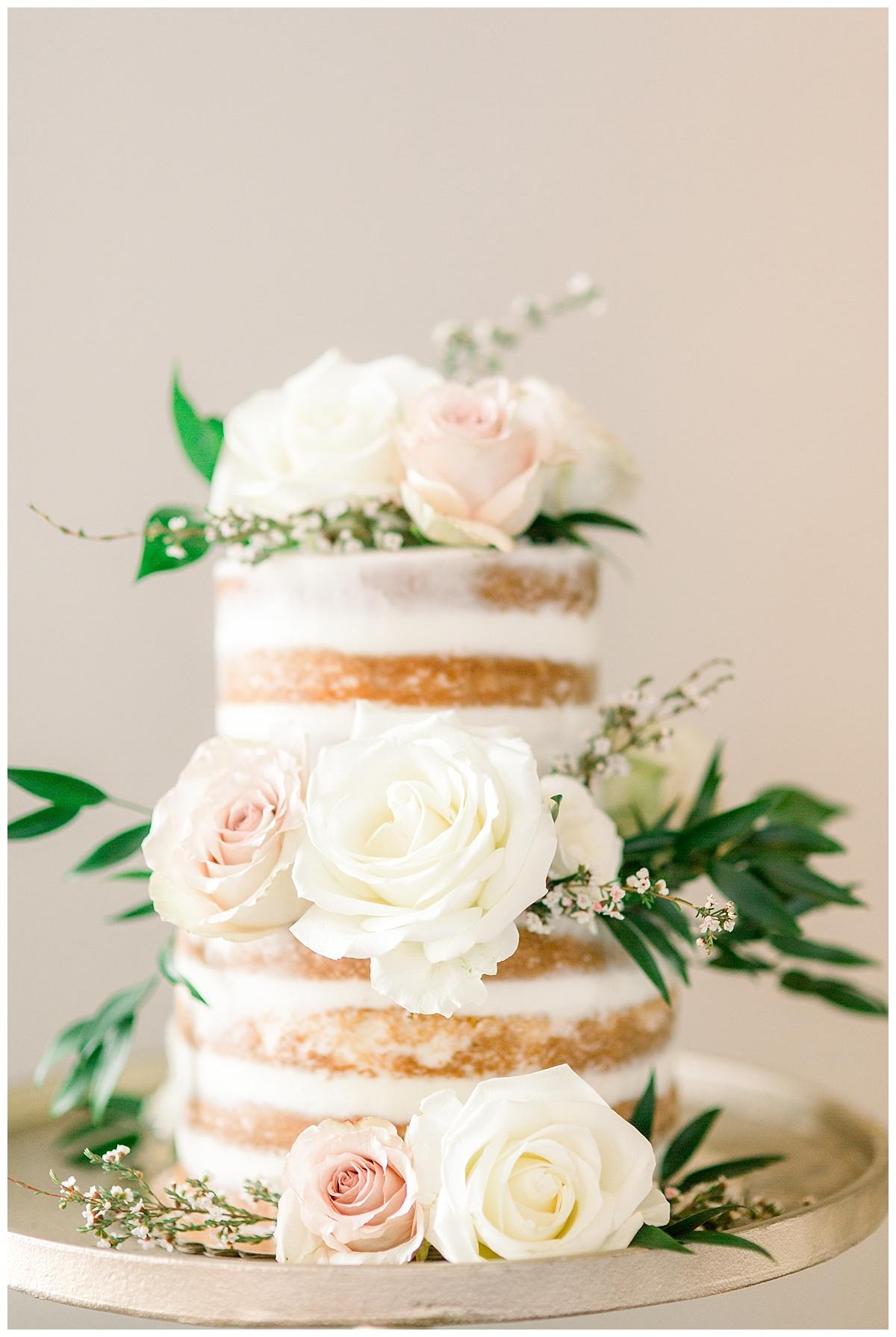 Central-Illinois-Wedding-Photographer-Champaign-Pear-Tree-Estate_0560.jpg