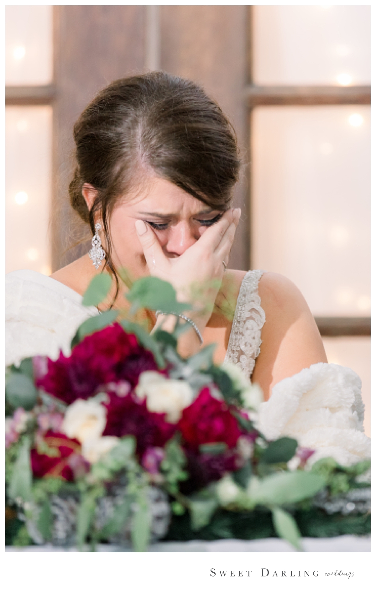 The father of the bride speech at Madison & Michael's wedding was so emotional.  That single tear running down Madison's thumb gives us all the feels.