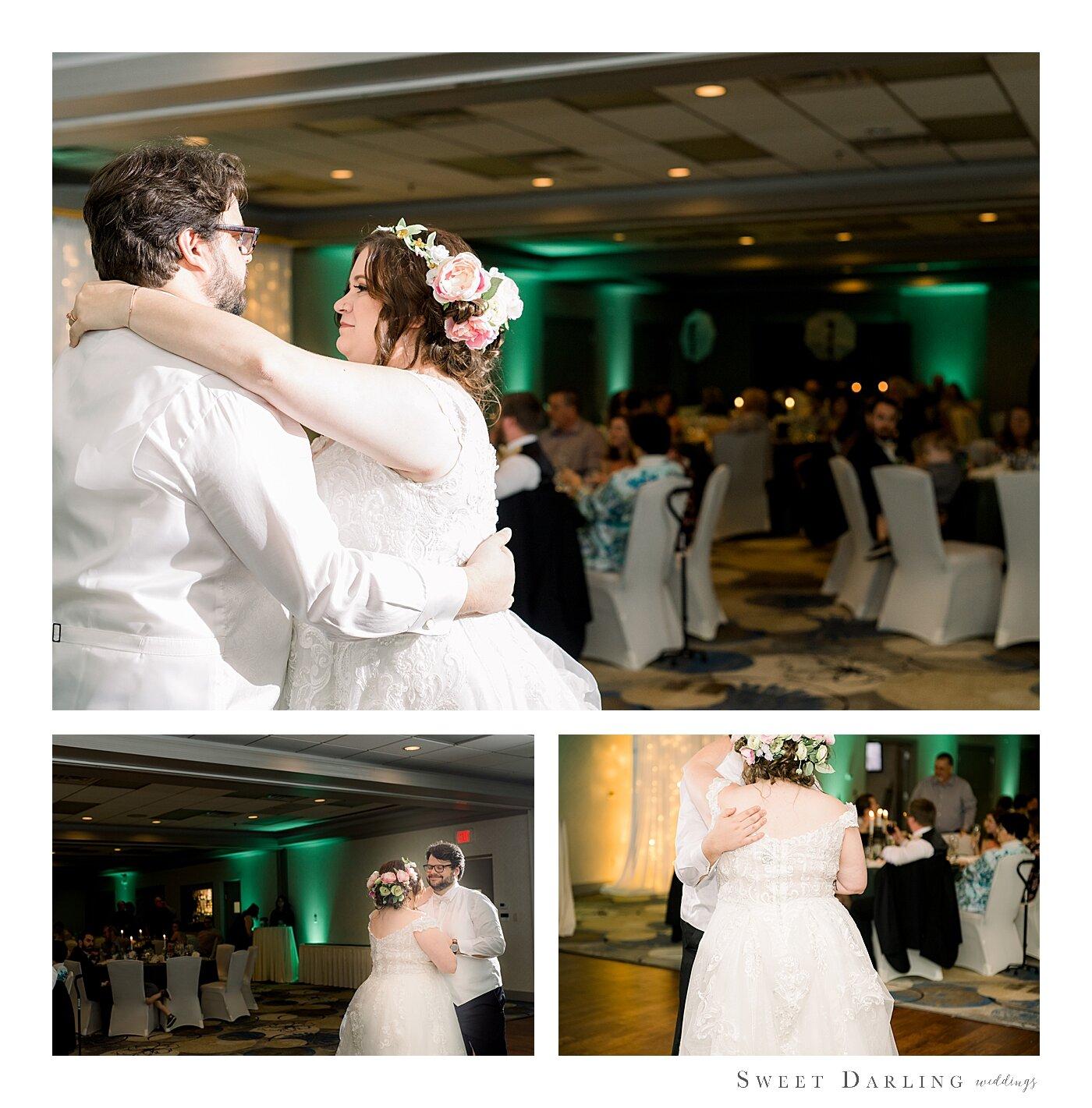 Bloomington-Normal-IL-Wedding-Photographer-eastland-suites-hotel_0022.jpg