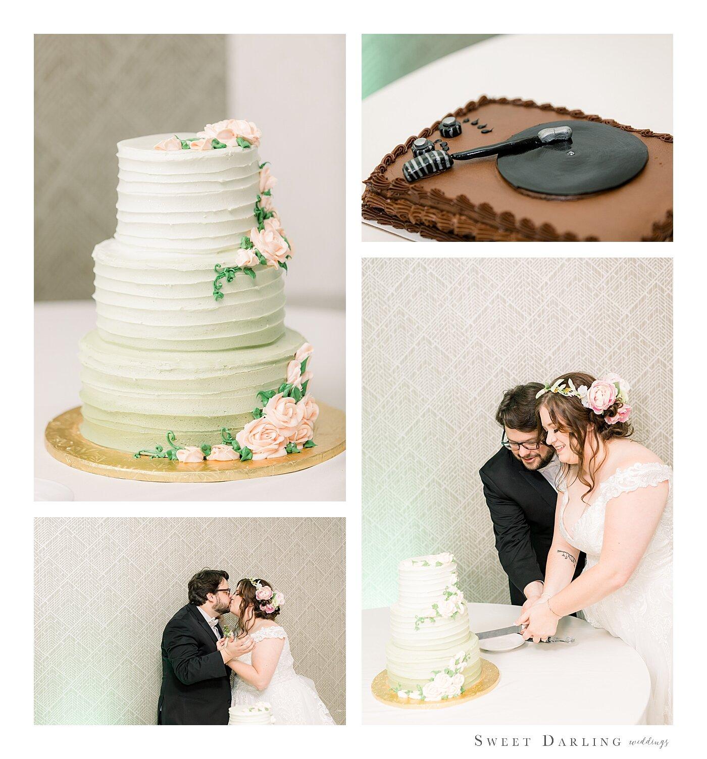 Bloomington-Normal-IL-Wedding-Photographer-eastland-suites-hotel_0011.jpg