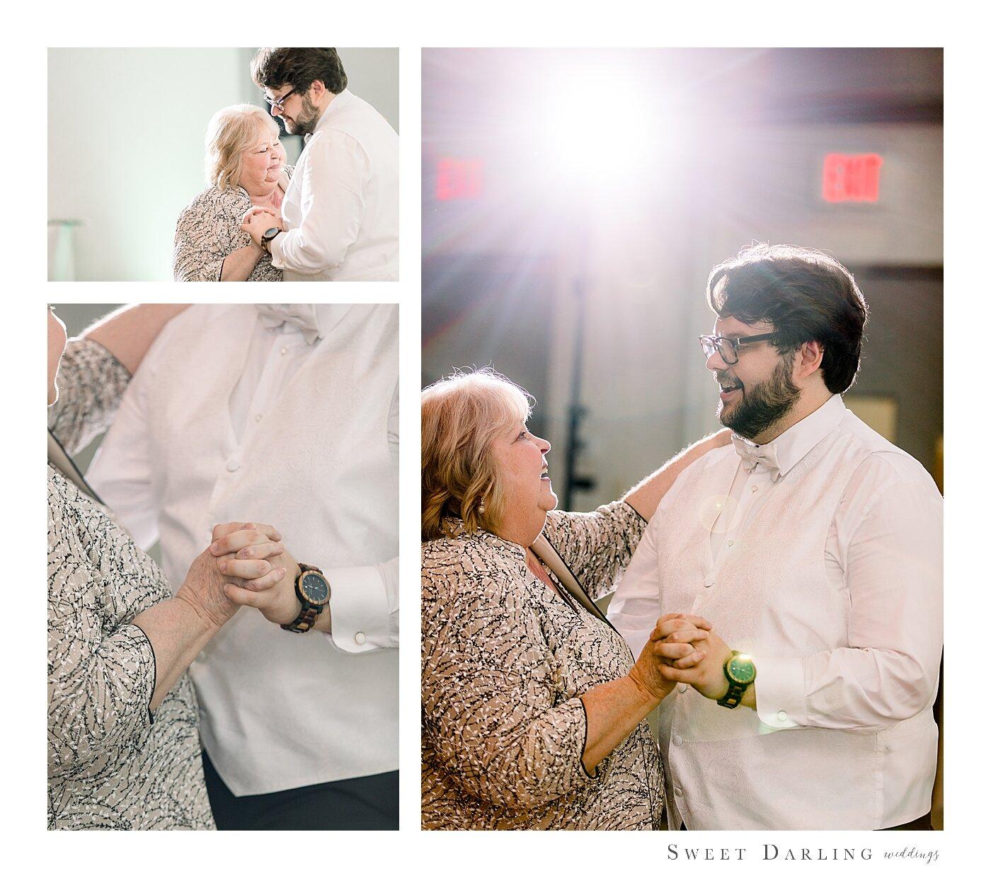 Bloomington-Normal-IL-Wedding-Photographer-eastland-suites-hotel_0005.jpg