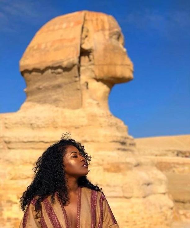 Egypt to the world. · · · · · · #BrownnessCrew #BrownnessBabes #tbtfacetips #beautyblogger #cosmetics #makeup #foundation #glow #bronzer #wakeandmakeup #beautyblogger #beauty #blackhairup #makeuptips #naturalskincare #moisturizer #organicskincare #skin #health #teamnatural #blackgirlsrock #kinkyhair #blackhair #myhaircrush #teamnatural #curlbox #twa #sheamoisture  #naturallycurly #teamnatural