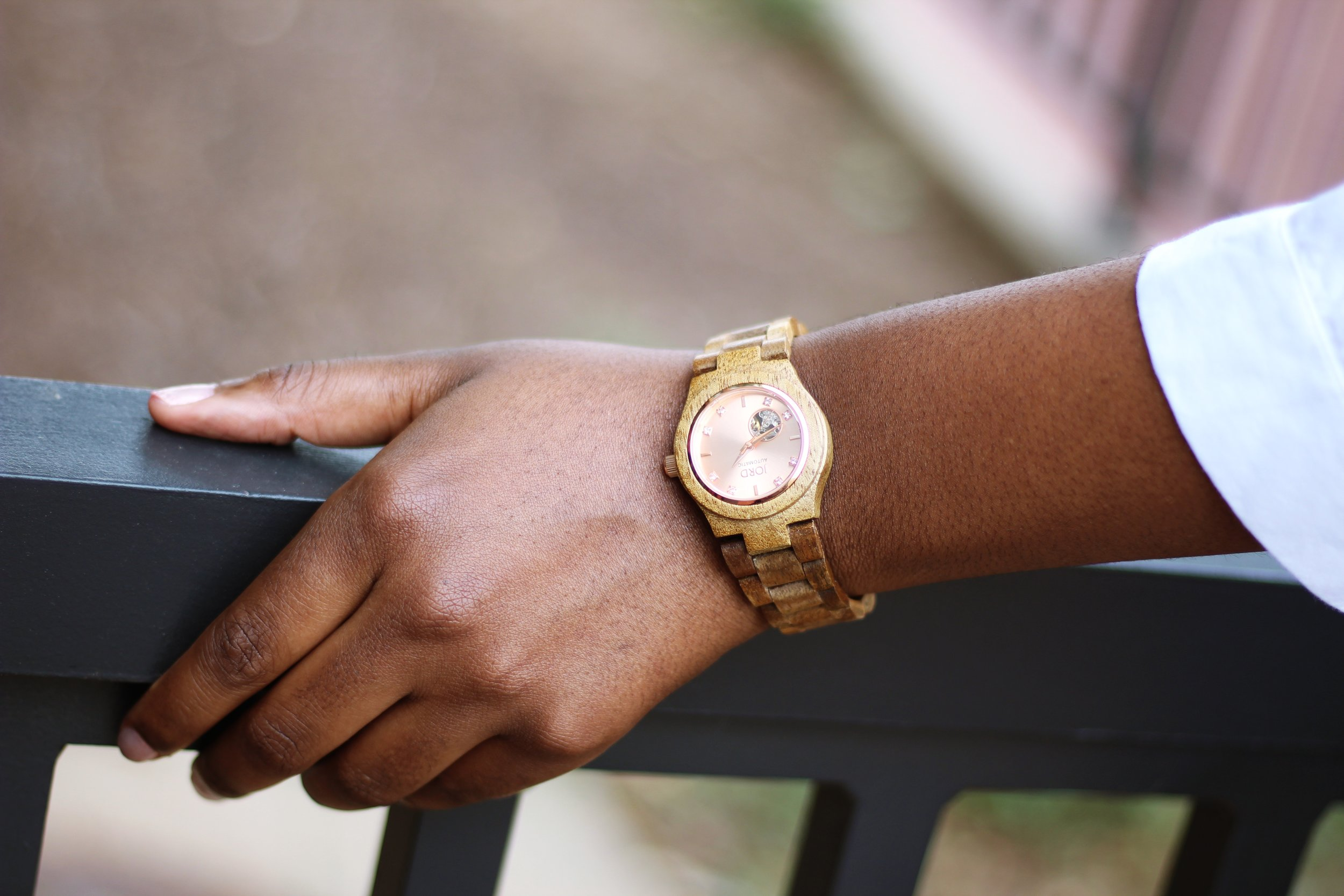 Charmant Style JORD Watch