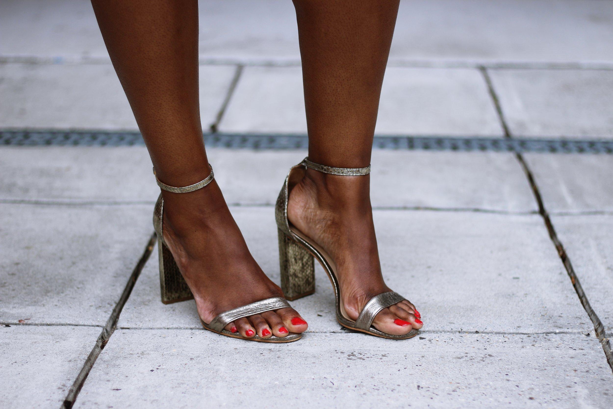 Charmant Style Vince Camuto Block Heel Sandal