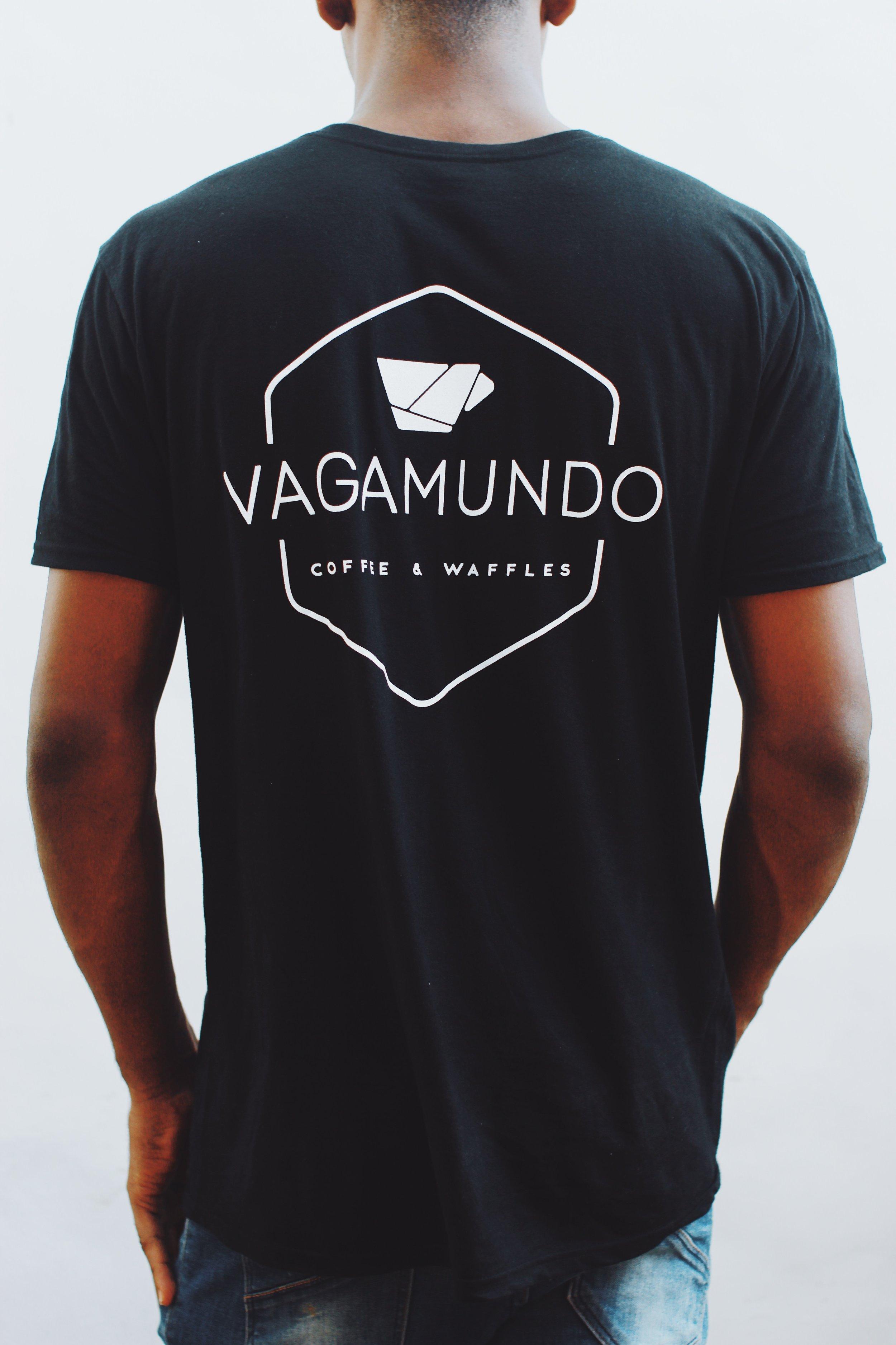 Vagamundo Shirt (Black - ft. back side) *Size Large in photo $900rd / ~$20 usd