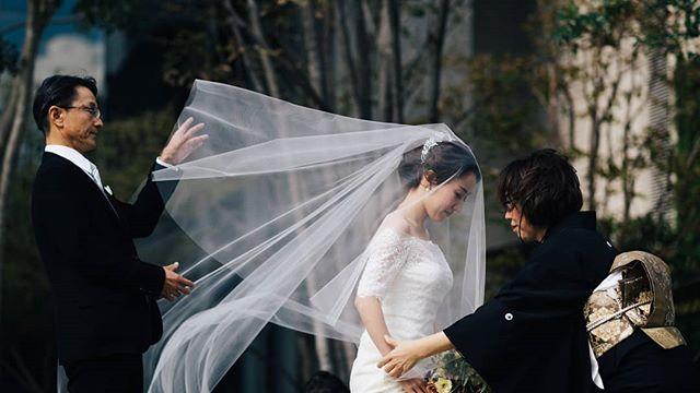 - ベールダウン。 - produce: #crazywedding producer:@eva_vision - #結婚式 #結婚式準備 #結婚式場 #結婚式レポ #結婚式コーデ #前撮り #前撮り写真 #前撮り撮影 #前撮り準備 #2019婚 #2019結婚式 #結婚式準備記録 #結婚式準備中 #結婚式準備スタート #tokyolife #tokyotrip #東京結婚式 #東京結婚式場 #東京結婚式写真 #クレイジーウェディング #wedding #weddingdress #weddingphotography #weddings #weddingphotographer #weddinginspiration #weddingideas #weddingmakeup
