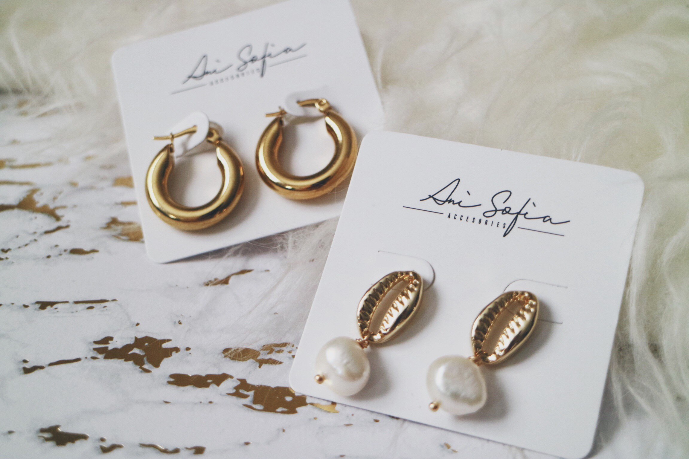 Chunky Solid Gold Hoop Earrings and Freshwater Pearl with Cowrie Stud Earrings