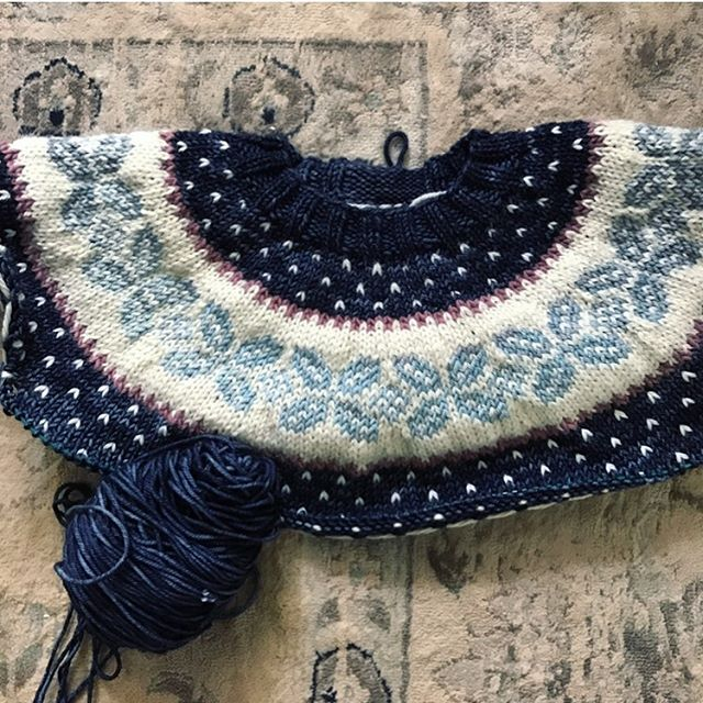 "Looking for testers! 💙  Follow the ""Testers"" link in my profile for more info. 💙  #mymerriment #frenchpressknits"