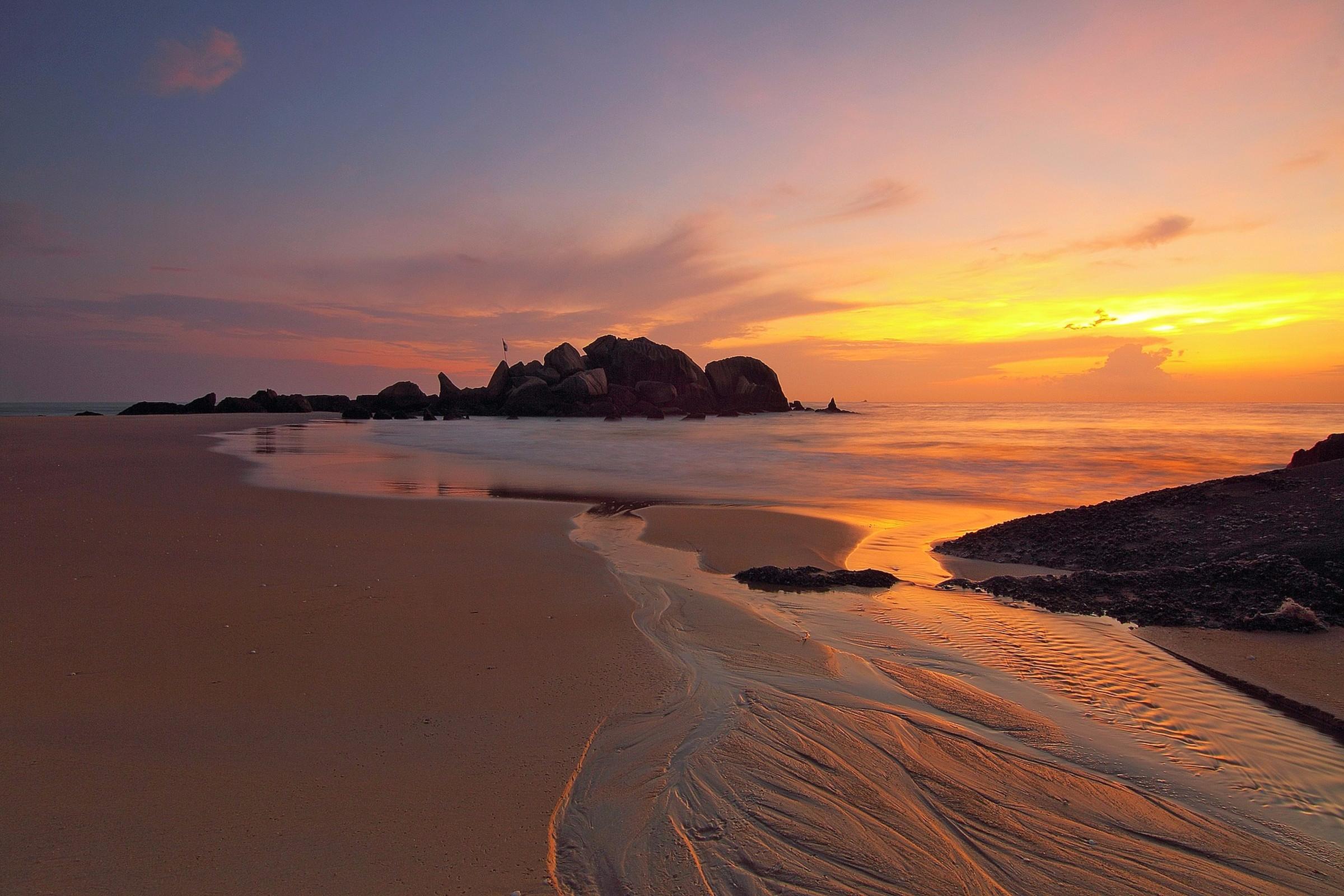 beach sunset waves.jpg