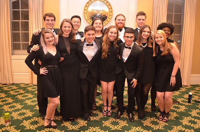 Our winter banquet was a rousing success!! Thanks so much to Gabbie Bowden for all your hard work planning this event, to everyone who came to hear us sing, and to Halla and Ola for their incredible leadership this semester. Happy holidays and Wren love to all! Thanks also to Tadeusz Pozor for the photos!