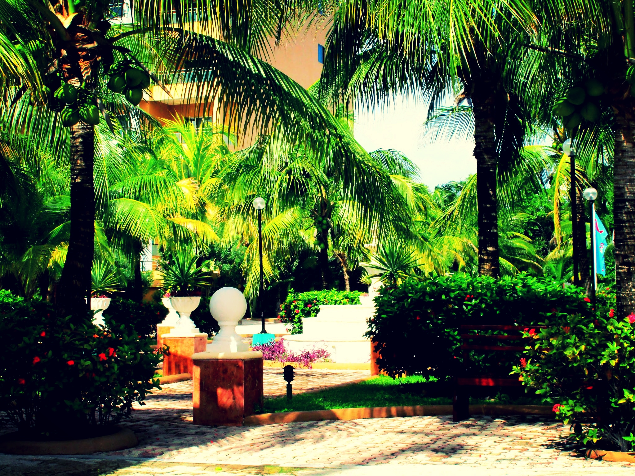 The front sitting area outside the lobby of the El Dorado Seaside Suites Resort Kantenah, Mexico