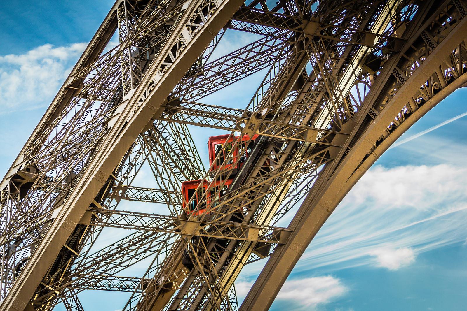 eiffel-tower-lift-cars-X3.jpg
