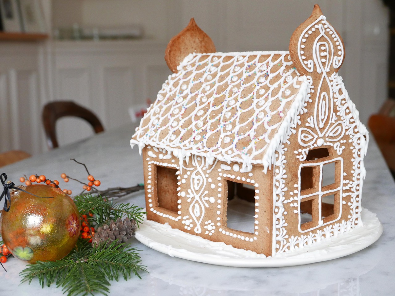 Gingerbread house (recipe and pattern)