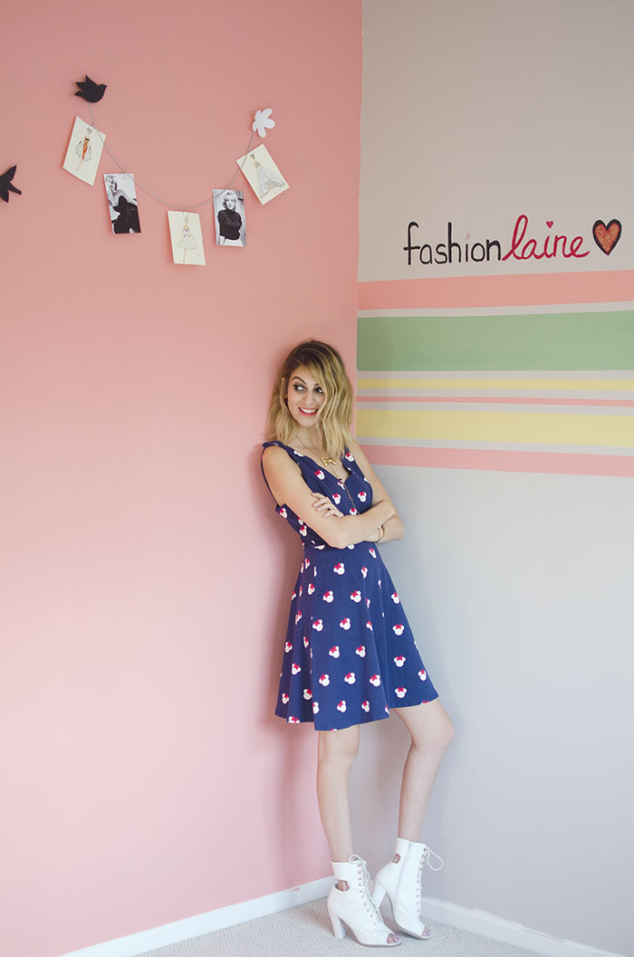 fashion blogger office