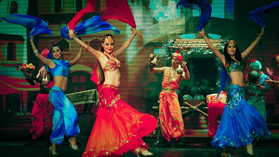 Middle Eastern Folk Dance aka Belly Dance : 中東肚皮舞