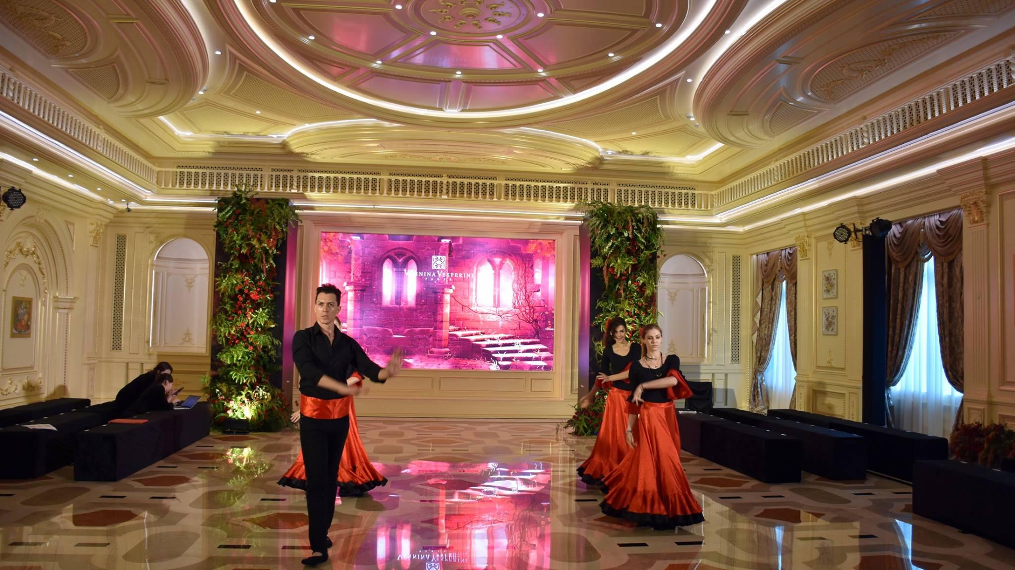 Spanish Flamenco : 西班牙佛朗明哥