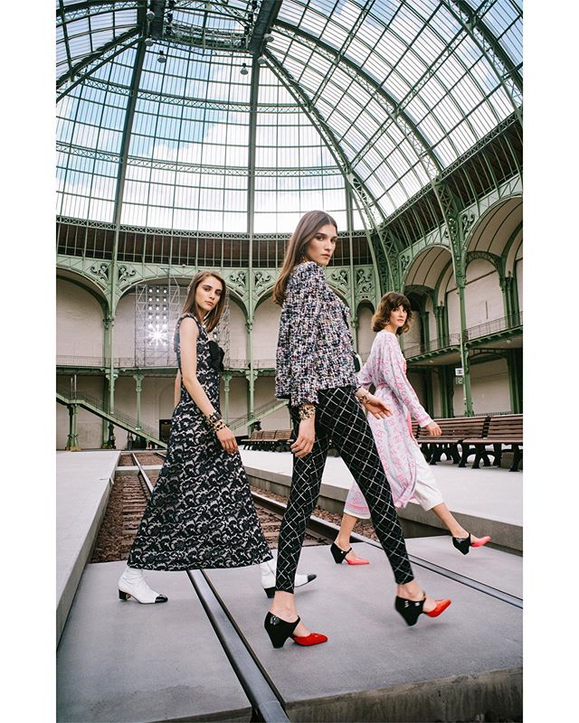 My take on the Abbey Road shot. My CHANEL story for @HarpersBazaarHK of @VirginieViard's debut @CHANELOfficial Cruise 2020 Collection, photographed in the marvellous Grand Palais.  Here are the wonderful @romyschonberger, @irinadjuranovic and @crisherrmann modelling Viard's debut collection.  Art Direction @caylen.chan_bazaar Hair @sammcknight1 Make up @luciapicaofficial  #CHANEL #CHANELCruise #VirginieViard