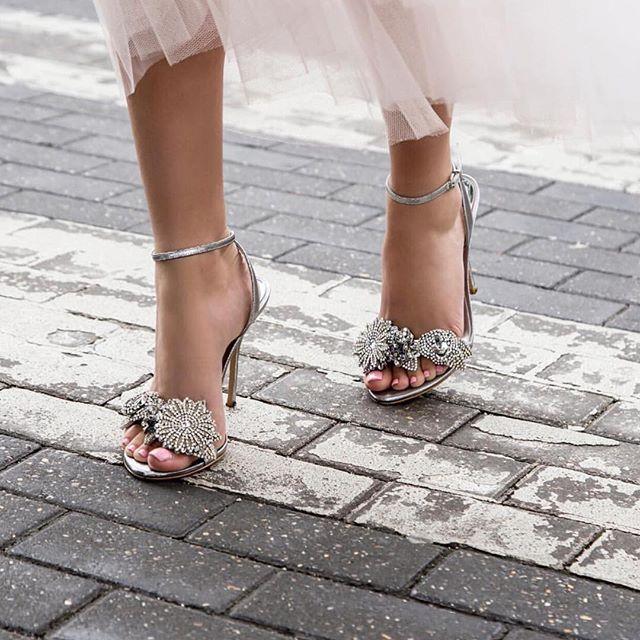 Ultimate princess shoe goals via @sophiawebster ✨