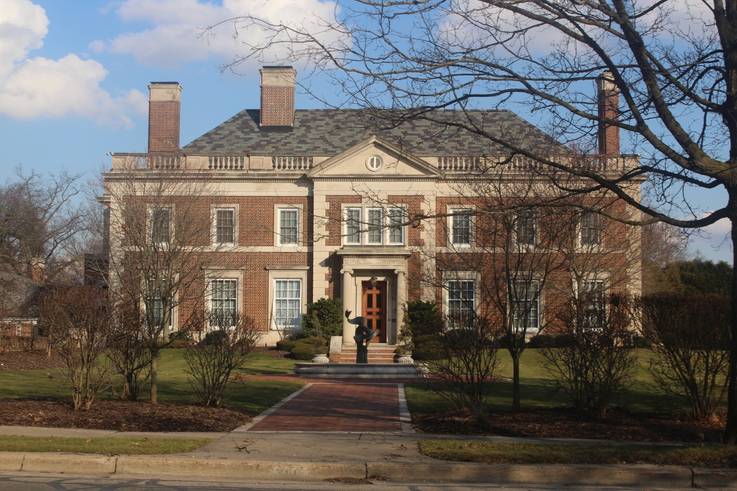 BUTTERBALL MANSION CLASSICAL REVIVIAL PLYMOUTH.jpg