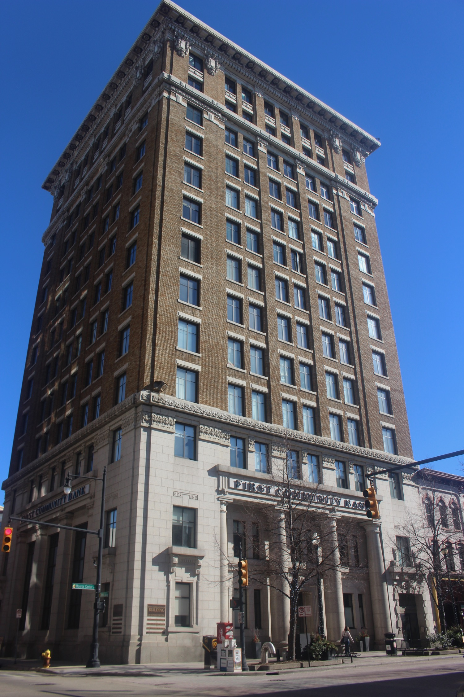 66 MONROE CENTER NW - GRAND RAPIDS SAVINGS BANK