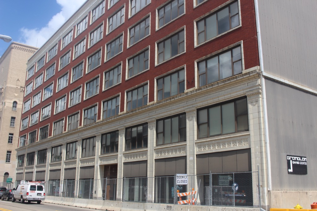 62 NORTH DIVISION AT FOUNTAIN | KEELER BUILDING