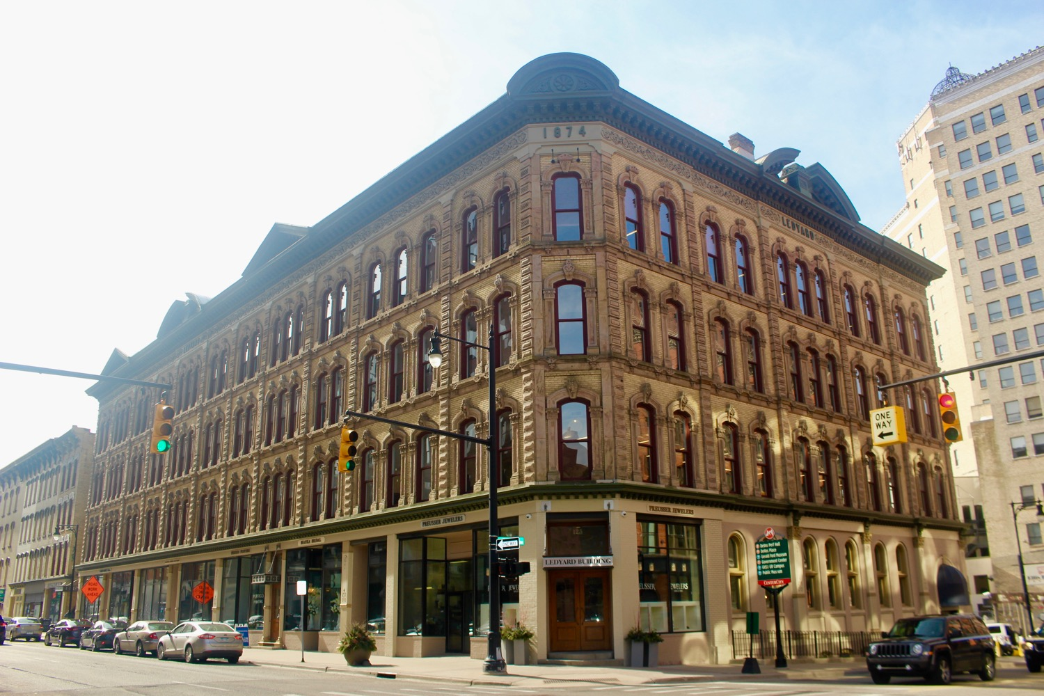 125 OTTAWA NW AT PEARL | LEDYARD BUILDING