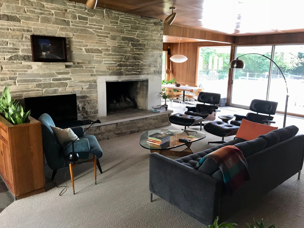 LIVING ROOM STONE FIREPLACE WALL