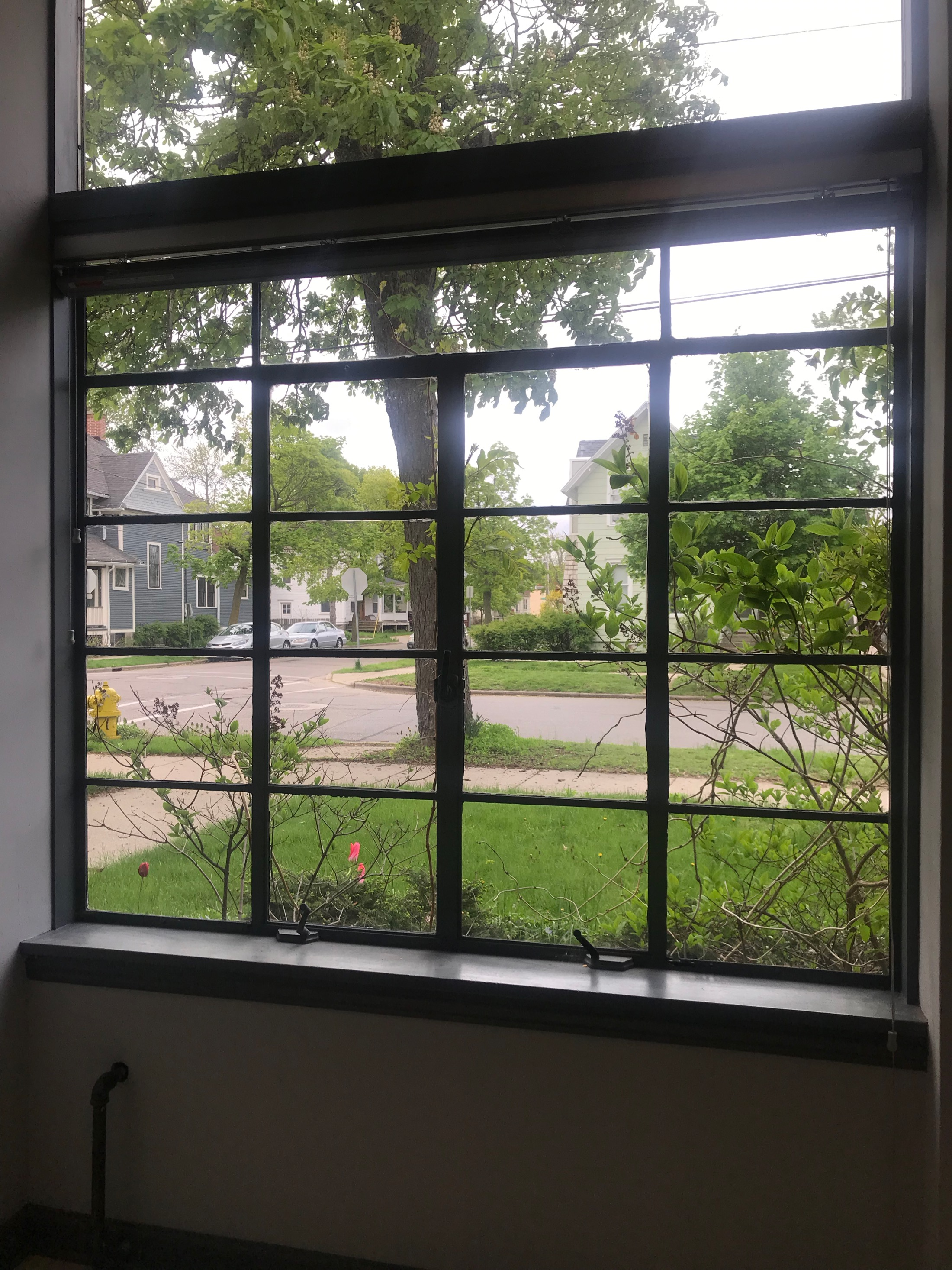 Typical moderne windows with steel frames
