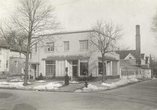 Crescent NE, 557 -Corner Snow nored.jpeg