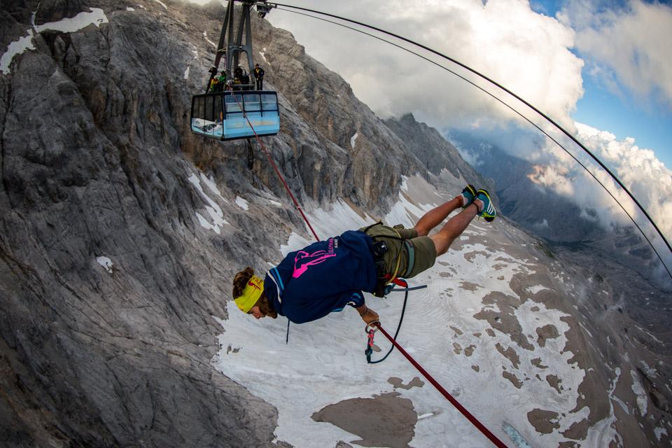 Cablecar Highline at Zugspitze (8).jpg